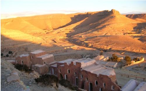 Douiret, el ksar y la mezquita subterránea