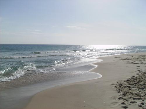 Menzel Horr, bellas playas y pimientos rojos