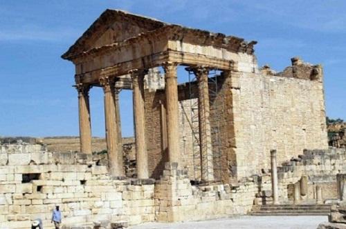 Mausoleo líbico bereber de Dougga